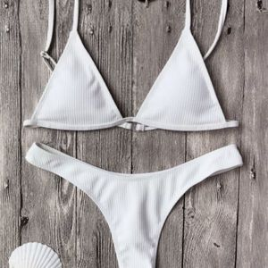 Zaful Textured Plunge Bikini Top/Thong